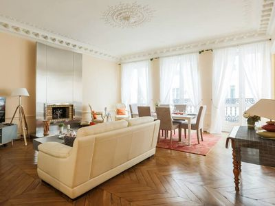 Photo for Luxury 3 bedrooms - close to Galeries Lafayette