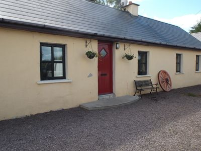 Photo for Beautifully restored traditional Irish cottage in tranquil, country location