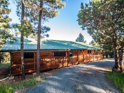Photo for Cozy Cabin in the Pines 3.2 miles to Ruidoso Center