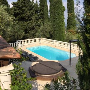 Photo for Comfortable detached Villa with swimming pool, outside kitchen / bar with lots of privacy.