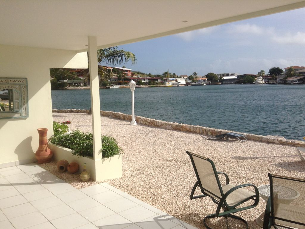Beautiful Bungalow In Curacao Swimming Pool Large Terrace Sea View Willemstad Nieuwpoort