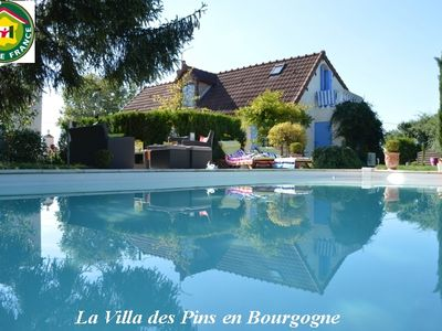 Photo for Holiday home with pool in the south of Burgundy Morvan
