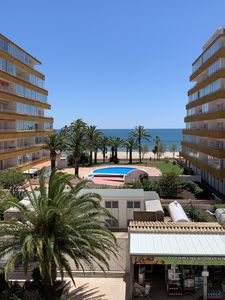 Photo for Apartment 4 beds Sea view, 50m from the beach