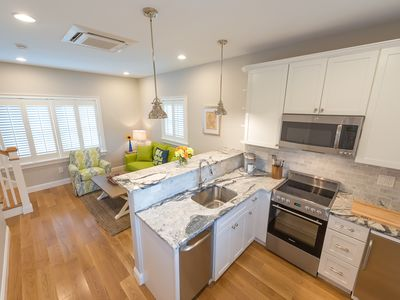 Cottages with easy access to Newport, beaches, nature trails & vineyards