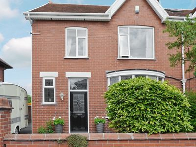 Photo for 4 bedroom property in Lytham St Annes. Pet friendly.