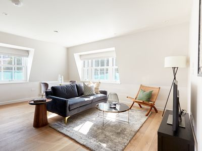 Photo for Sonder | Sloane Square | Beautiful 1BR