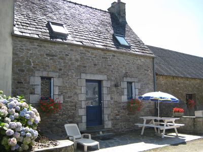 Photo for independent house in the countryside - 4 people -3 rooms - Centrally Finister