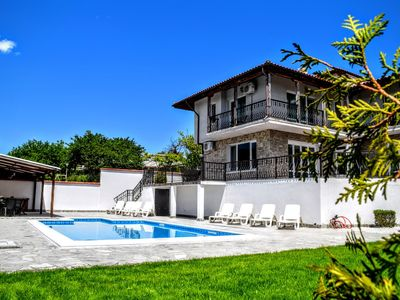 "Photo for Luxury Villa ""Gioia Del Sole"" in walking distance to the Sea Promenade."