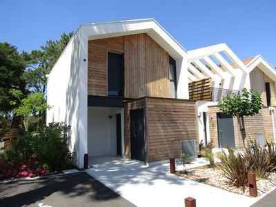 Photo for Attached house in beautiful new residence, collective pool in Lacanau Océan