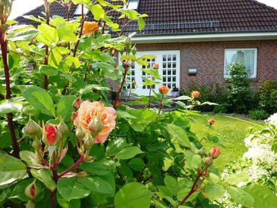 Photo for **** Bungalow with garden WE `Windröschen` with walk to the beach and beach chair