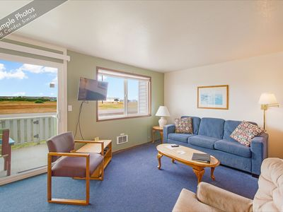 Photo for South Pacific Condo just South of Downtown Ocean Shores