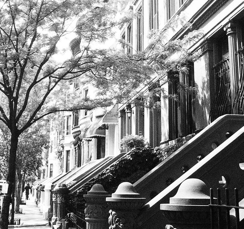 Harlem New York Apartments: Harlem Hideaway Parlor Apartment