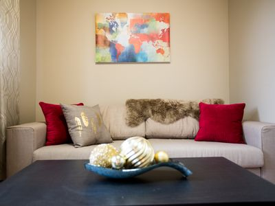 Photo for Fabulous 3BR 10mins to Airport & Downtown (Sleeps 6)