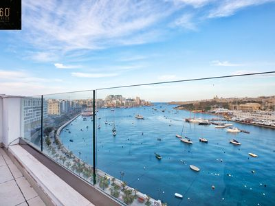 Photo for Stunning 2B penthouse with views in Gzira/Sliema