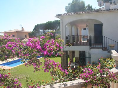 Photo for Villa on the beach of Pals-Begur with barbecue and private pool