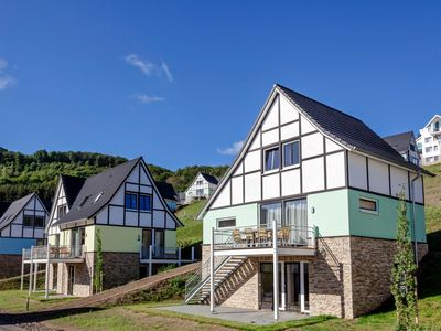 Photo for 12-person bungalow in the holiday park Landal Eifeler Tor - in the mountains/rolling countryside