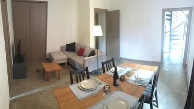 Photo for Charming apartment in the heart of old Nîmes (parking included)
