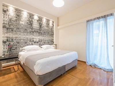 Photo for Spacious and bright apt next to Kolonaki square