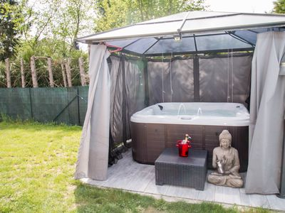 Photo for Studio Chalet Heated Pool / Jacuzzi