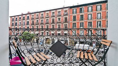 Photo for Cozy Loft Puerta del Sol Center