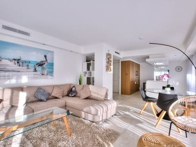 Photo for Beautiful fully renovated modern apartment
