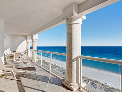 Photo for Luxury beachfront condo with amazing view & shared pool, hot tub, gym!