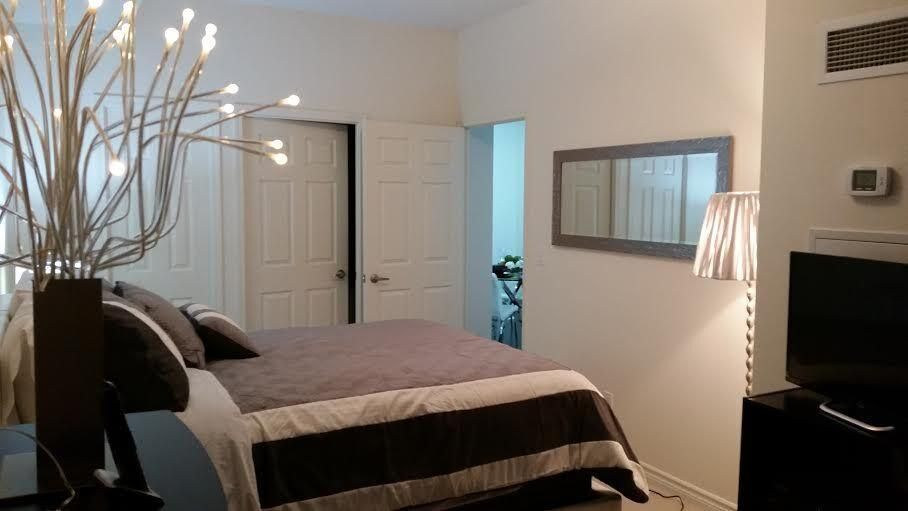 Comfortable Ontario Apartment w/ Free WiFi, Complex Hot Tub & Theater Room