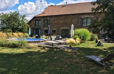 Photo for Beautiful stone barn totally renovated with swimming pool, charm and all comfort