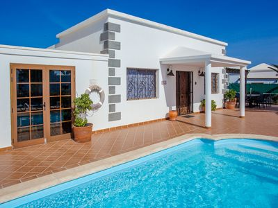 Photo for Lovely Private Villa with Electrically Heated Pool