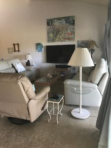 3BR/2BA Condo-Covered Parking, on Golf Course, Venice, Florida