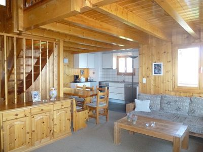 Photo for 3*, 5-bedroom-chalet for 10 people located at 2.5km from the skilift in a quiet and sunny place. On