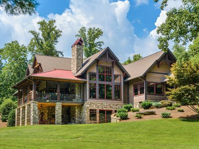 Photo for Paradise Lodge; Luxurious, Asheville/Saluda/H'ville, lakes, Hot Tub! TIEC-Horse shows.