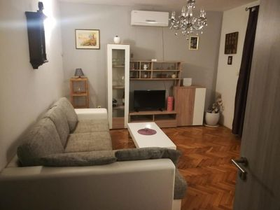 Photo for Two bedroom apartment with terrace and sea view Krilo Jesenice (Omiš)