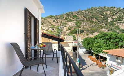 Photo for Cozy apartment in the heart of Agia Galini