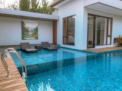 Photo for 7 BR Pool Villa Dago Mountain View