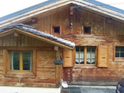 Photo for Chalet at the foot of the magnificent view pistes-