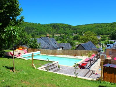 Photo for Charming house in the Perigord black with heated pool