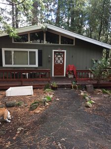 Photo for Unplug and Recharge Charming 2 BR 1.5 BA Twain Harte Cabin
