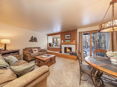 Photo for Larkspur 1212: The Aspens - Appealing Ground Floor Condo with Wooded and Mountain Views!