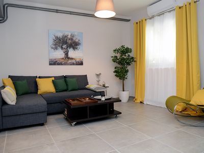 Photo for Olive tree deluxe apt under acropolis