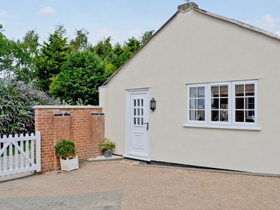 Photo for 1 bedroom accommodation in Tetford, near Horncastle