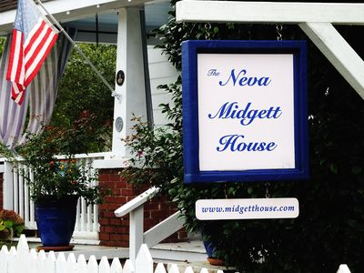Historic Neva Midgett House in old town Manteo walk to the waterfront