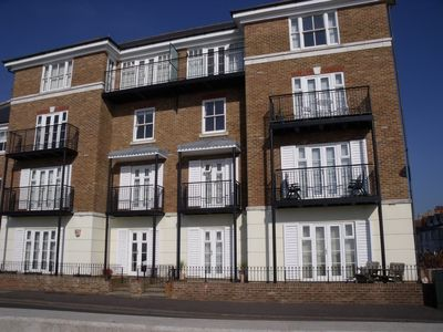 Photo for Luxury apartment on seafront in Hythe