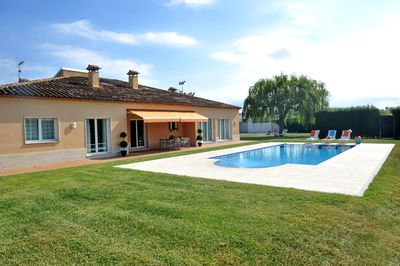 Large private garden with pool