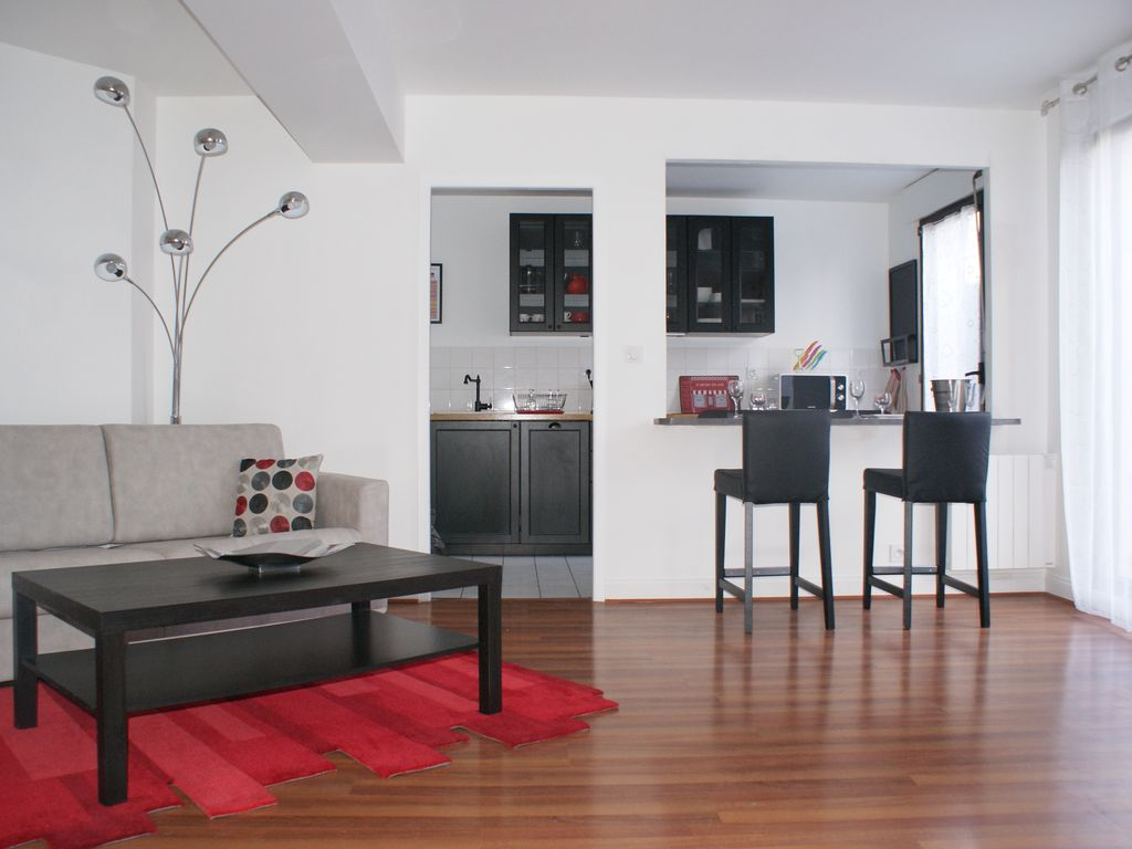 Grand T2 of 59m with private garden and... - HomeAway Faubourg Sud