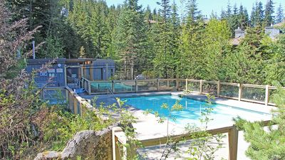 Photo for Taluswood #9  2 Bedroom Contemporary Chalet, Fireplace, Close to Ski Access
