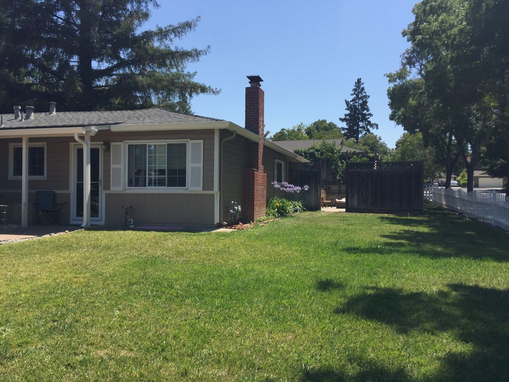 Lg Home Walking Distance To Netflix And Dow Vrbo