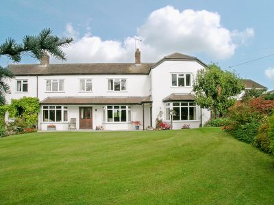 Photo for 3BR House Vacation Rental in Potterne, near Devizes