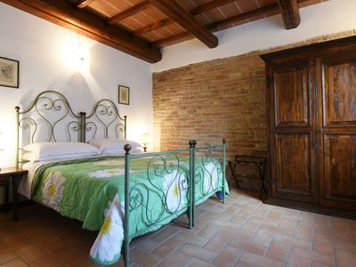 Photo for Farmhouse between Perugia and Assisi - Two-room apartment Rosmarino