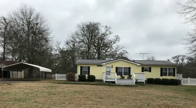 Photo for NEW  PRICING ☼ Yellow House in the Country - 1 miles from downtown Senoia